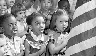 students-pledge-allegiance